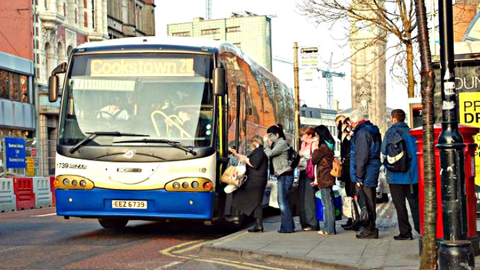 Watch your belongings when boarding the bus.