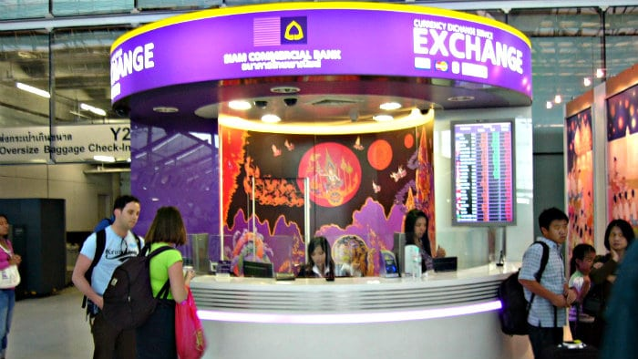 At currency exchange points try not to show how much money you have.