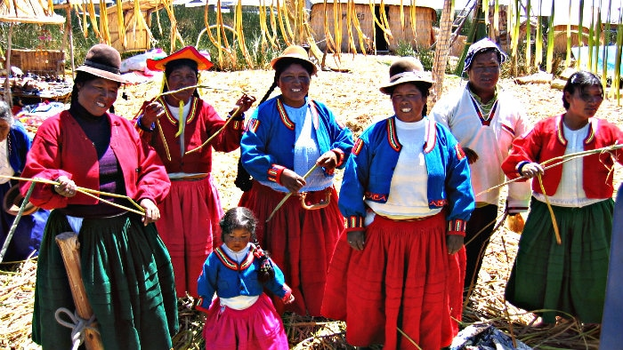 Uros people lead a sedentary lifestyle.