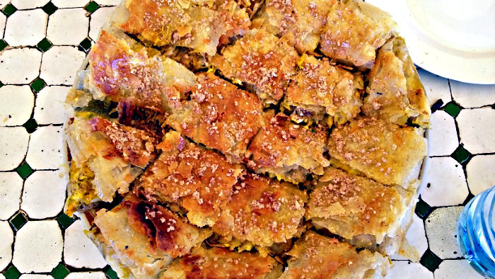 Main ingredients of pastilla are chicken and almonds.