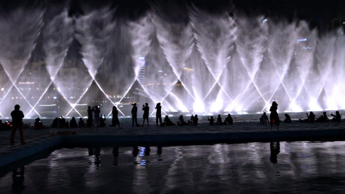 The Dubai Fountain is the biggest in the world.